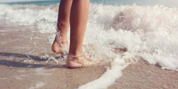 Why does Morton's Neuroma seem better during the Summer?